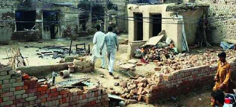 Christian-Muslim-Fights-Pakistan