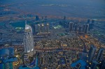 Burj-Khalifa-at-the-top-11