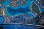 Burj-Khalifa-at-the-top-12